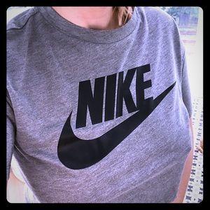 Cute Nike crop top!